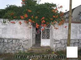 silivri kurfallı köyünde 370 m2 2 ev 1 dükkan bahçeli otoparklı