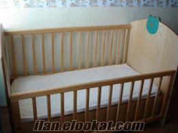 Satılık temiz bebek karyolası içinde yatağı dahil