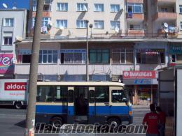 İst.Kartal Anadolu adlişyesi yakını minübüs cad cepheli500tl kiralık dükkan