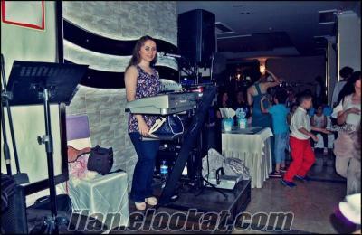 BURSA BAYAN PİYANİST-DJ KÜBRA