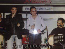İzmirde erkek solist