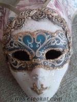 izmirde mask öğretim , bostanlı sanat atölyesinde.