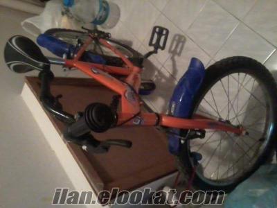 bisiklet turuncu ve renkli