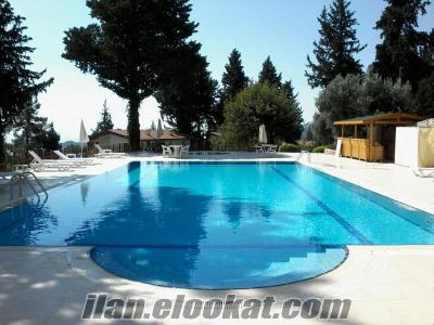 Havuzlu Sitede Eşyalı Kiralık Villa