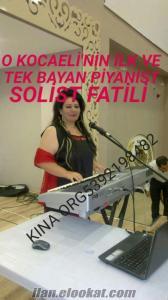 bayan piyanist