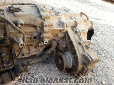 93 model jeep Nissan pathfinder 3.0 motor v6 çıkma arazi şanzumanı