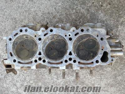 Nissan pathfinder 3.3 motor üst kapak