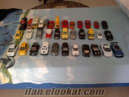 Özenle topladığım model arabaları satıyorum