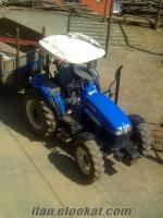 Türkoğluda mavi traktör