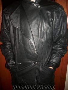 iki ay giyilmiş uzun bayan ceket