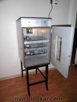 108 kapasiteli otomatik kuluçka makinası