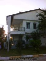 Didim ışık sitesinde kiralık tripleks ev