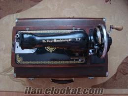 eski singer dikiş makinası ihtiyaçtan açilen satılıktır.
