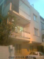 karabağlar yunusemre mahallesinde 3 katlı bina