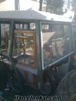 Çatalcada 2 adet traktör kabini