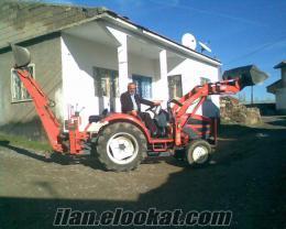 Gemerekde satlık traktör kepçe