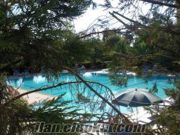 Sahibinden Cengelkoy Yesiltepe Evlerinde acil satilik havuzlu 145 metrekare dair