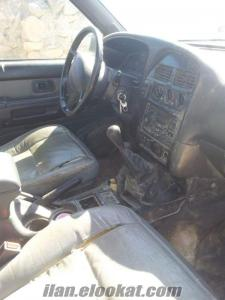 Nissan pathfinder. V 6. 97 model 4x4 jeep yedek parça veya kople satlık