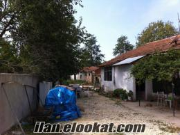 satılık bahçeli köy evi