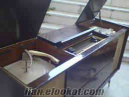 Eski lambalı müzik dolabı radyo pikap makara teyp teknik servis