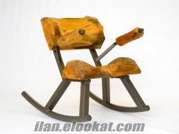 Mersinde masa ve sandalye