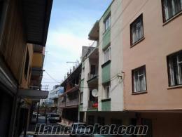 İzmir Bozyaka SSK VE Karabağlar Belediyesine çok yakın sahibinden satılık bina