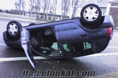 İkinciel uğursuz araba