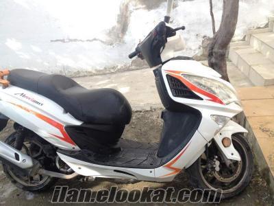 Scotter motoran maxsimus 150 cc