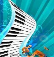 EĞİTİMLİ klavyeci org PROFESYONEL PİYANİST geniş repertuar ve tecrübe ses sistem