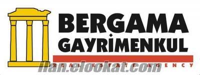 Aliağa Şakran demirkent sitesinde satılık DENİZ MANZARALI KONUT İMARLI arsa 300