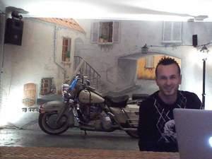 duvar ressamı, ressam aranıyor diyorsanız , isteğinize özel resim yapılır 2012