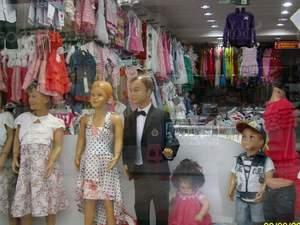 marmarisin en işlek caddesinde devren kiralık bebek mağazası