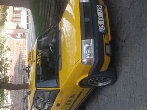 taksi ve plakası satılık. bergamada
