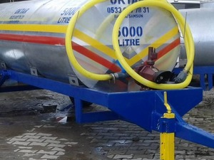 Su Pompalı Santrifüjlü Galvanizli Paslanmaz 5 Tonluk Su Tankeri