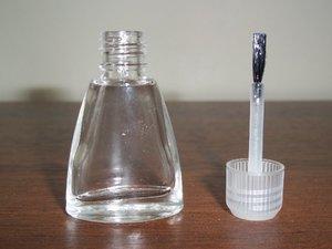 firçalı boş şişe