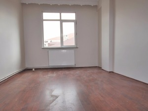 Emlak ofisi satilık 130 m² konut