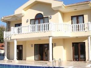 kiralık villa Alaçatı 200 m²