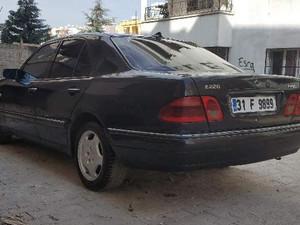 Temiz Mercedes Benz 220 220 E