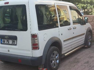 2004 modeli Ford Tourneo Connect 75PS
