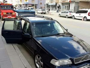 Ankara Gölbaşı Bahçelievler Mah. Volvo V70 2.0 T5