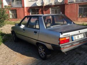 1992 8250 TL Renault R 9 Spring