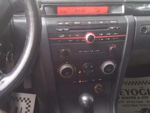 2005 model Mazda 3 1.6 Dynamic