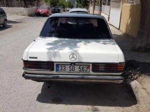 1983 yil Mercedes Benz 200 200 D