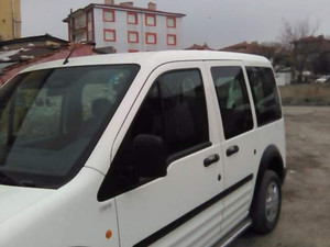 sorunsuz Ford Tourneo Connect 90PS