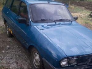 1990 model Renault R 12 Toros