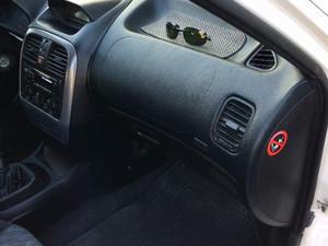 2001 modeli Mitsubishi Carisma 1.6 Avance