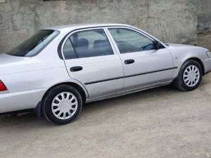 2el Toyota Corolla 1.6 XEi
