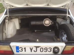 1994 model Renault R 12 Toros TS