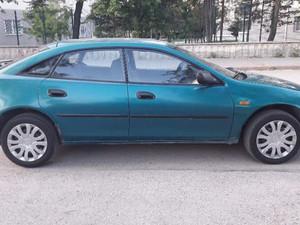 1996 modeli Mazda Lantis 1.8