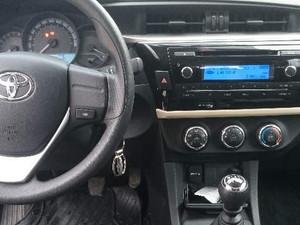 2015 yil Toyota Corolla 1.33